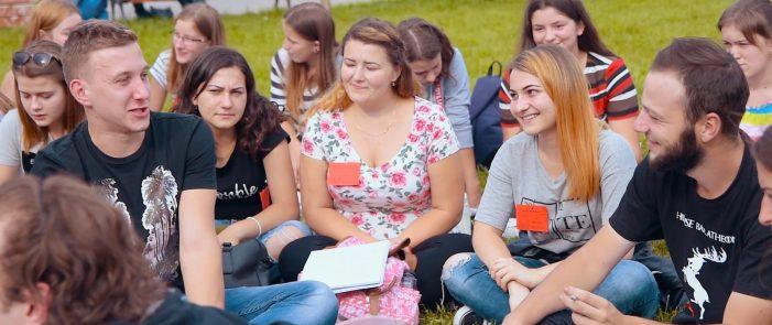 Peste 1.200 de tineri si-au dat intalnire la Satu Mare. Cu ce scop