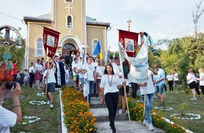 Tineri ortodocsi din Satu Mare, la un eveniment in Zalau