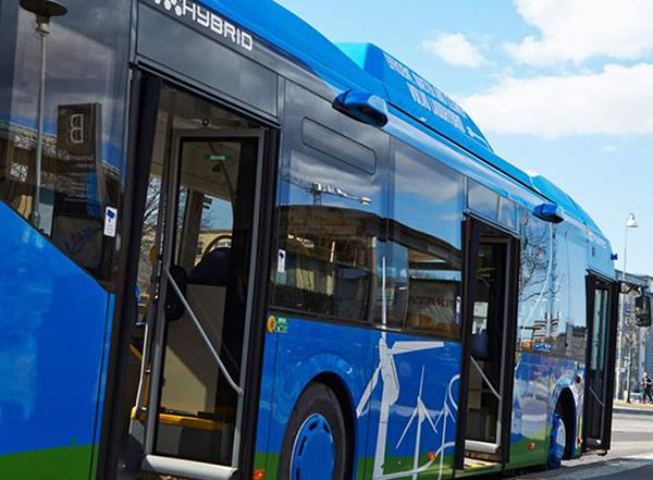 Primaria va cumpara 20 de autobuze hibride
