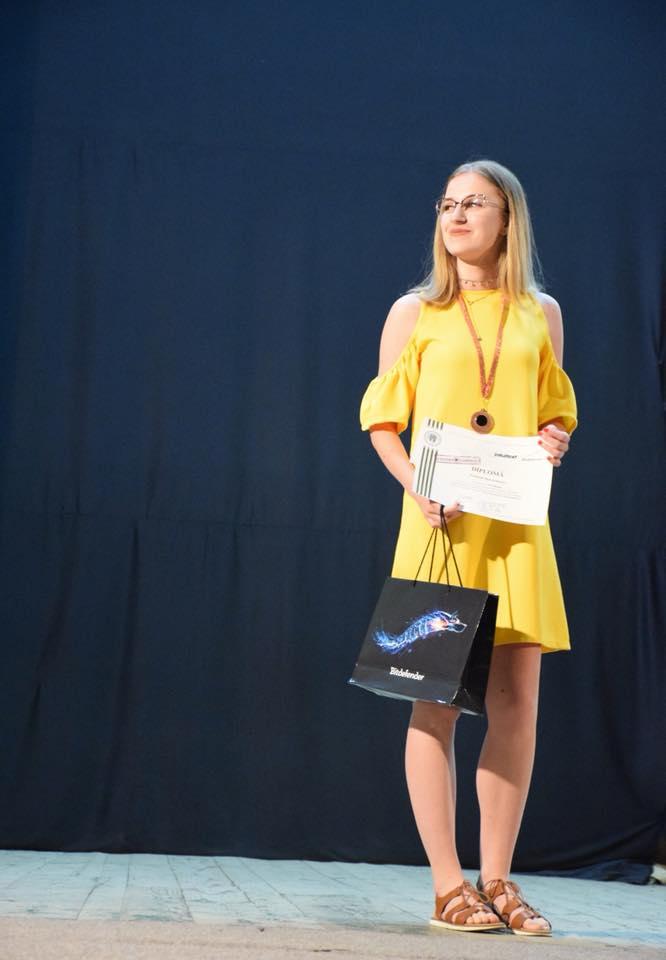 Satmareanca, premiata la cea mai puternica tabara de matematica din tara (Foto)