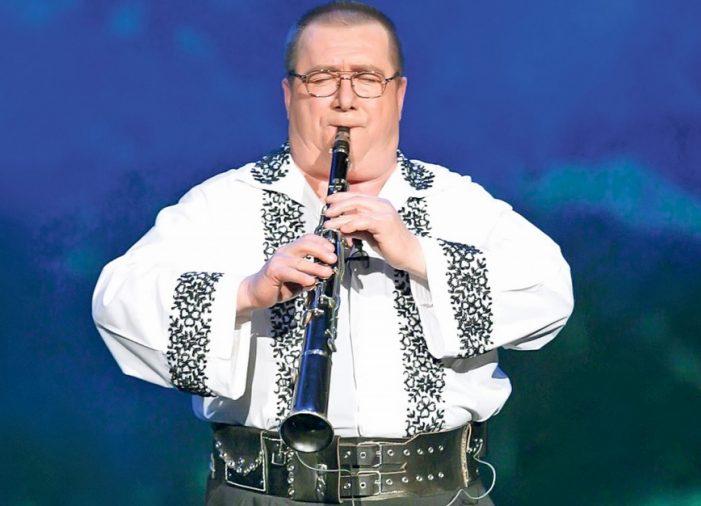 Doliu în muzica populară. A murit taragotistul Dumitru Fărcaş