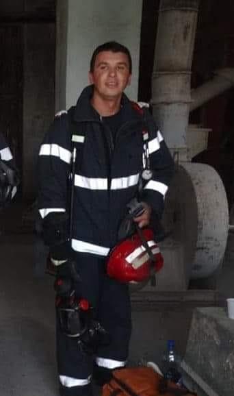 Pompierul erou ! A salvat victima unui accident rutier