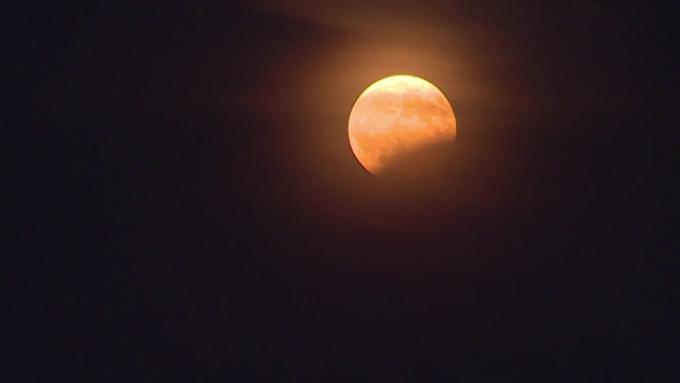 Anul incepe cu o eclipsa de Luna