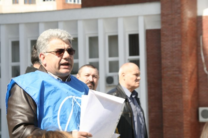 Marian Apostol: Vom continua boicotarea Electrolux în întreaga Europă