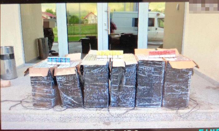 Mii de pachete de țigări de contrabandă confiscate