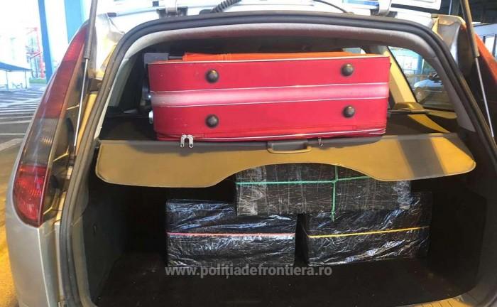 Mii de tigari de contrabanda, depistate in trei masini