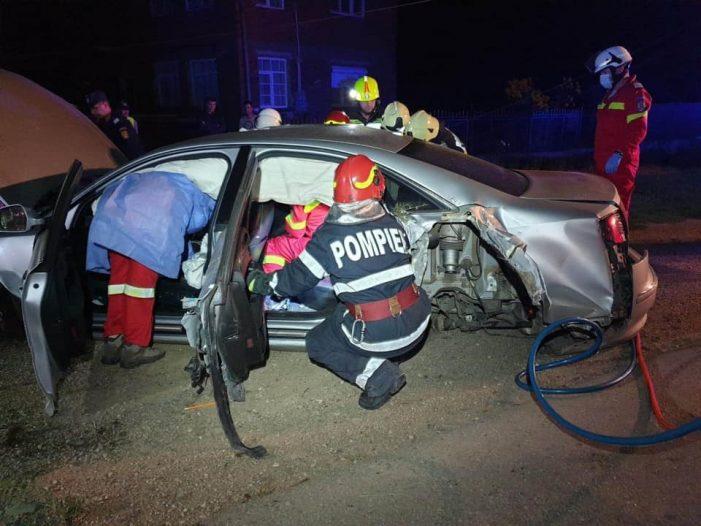 Ce spun pompierii despre accidentul de la Caraseu ? (Fotogalerie)