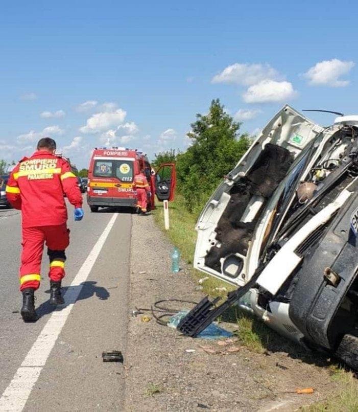 Trei victime și doua mașini distruse, intre Botiz și Ciuperceni (Foto)