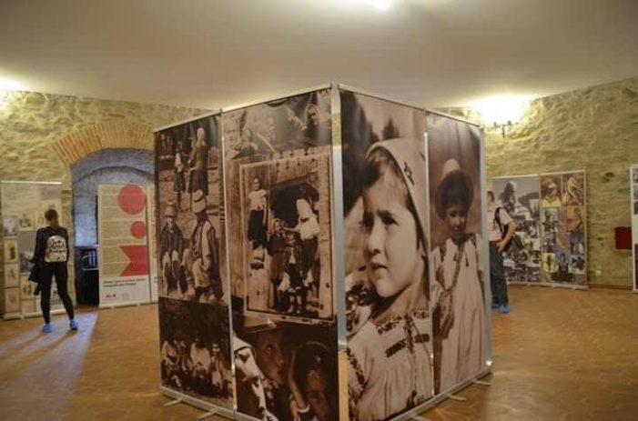 """""""Patriarhii"""" fotografiei artistice ai Țării Oașului, printre marii fotografi din Transilvania"""