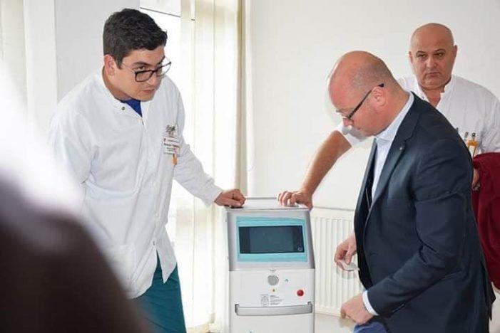 Aparat laser performant. Sute de pacienți tratați de litiaza urinara la Satu Mare