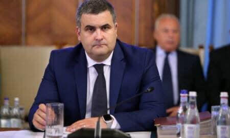 """Gabriel Les: """"Actuala putere, arată clar că nu guvernează pentru români"""""""