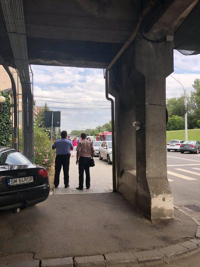 Sinucidere sau accident în cazul femeii cazute de la etajul Palatului Administrativ ? (Foto)