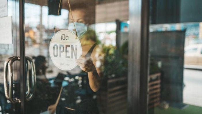 Toate restaurantele se redeschid de la 1 septembrie