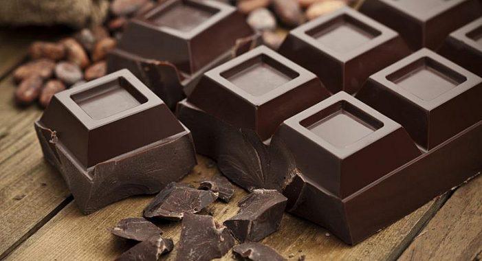 Daca vrei sa scapi de stres, mananca ciocolata neagră