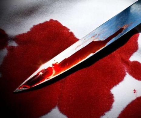 Femeie găsită cu un cutit înfipt în piept. Crima, ori tentativa de suicid ?
