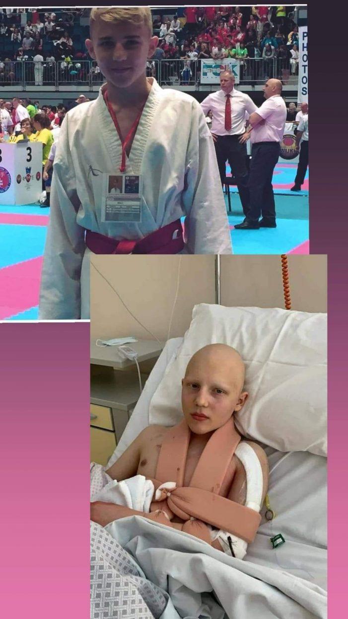 Mai poți dona pentru a-l ajuta pe David ! Operația de transplant va avea loc în 5 octombrie ! (Foto)