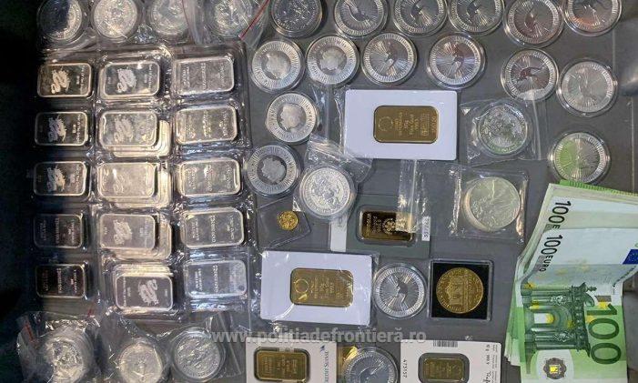 Monede şi lingouri descoperite la aeroport. Unde au fost ascunse ? (Foto)