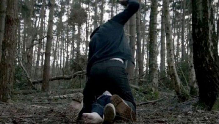 Femeie răpită de pe strada ! Dusa într-o pădure, violata, iar apoi aruncata pe un drum !
