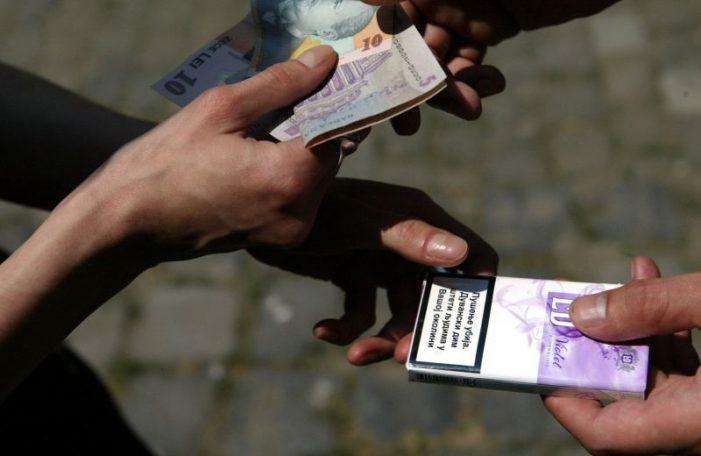 Țigarete de contrabandă confiscate de polițiști