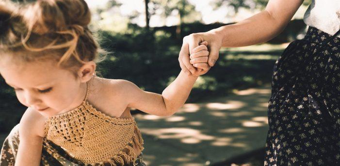 """Mesajul unei mamici din Satu Mare, în prima zi de școala: """"Bă, ești nebun ?"""""""