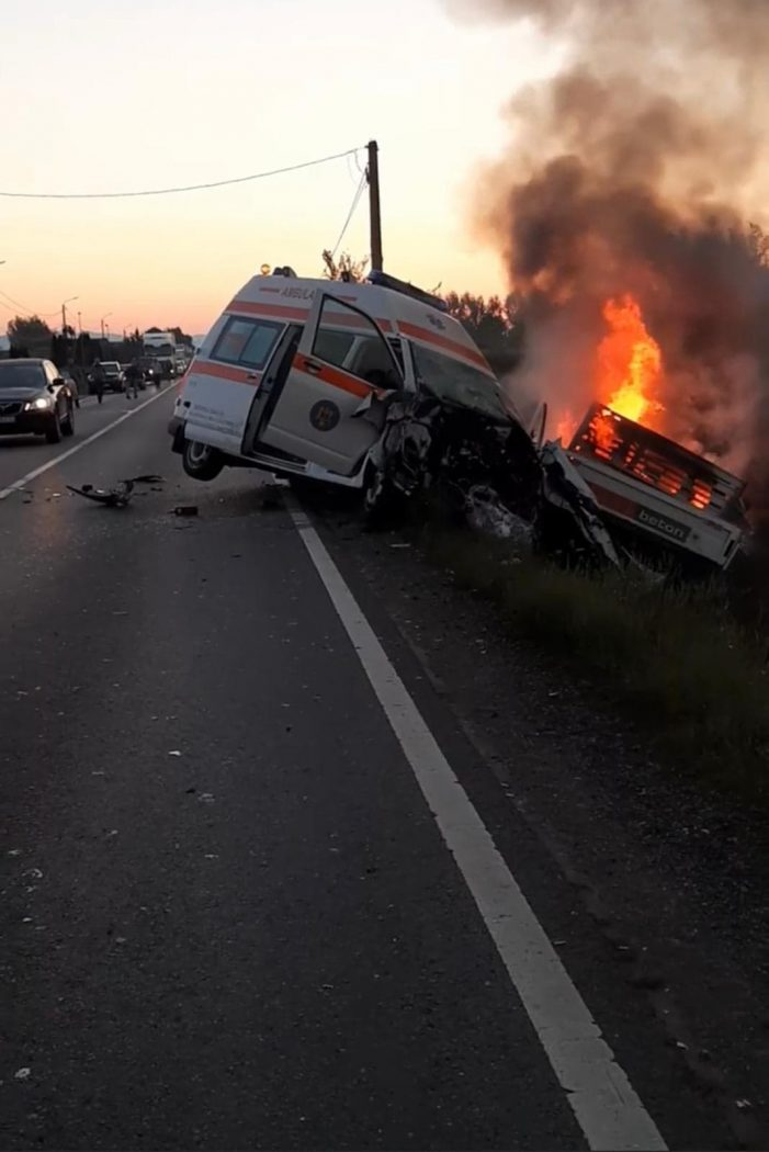O persoana a murit carbonizata, în accidentul dintre Livada și Ciuperceni (Foto)
