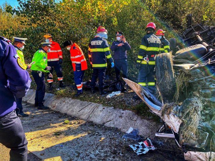Tragedie pe șosea ! Un mort și 14 răniți ! S-a activat Planul Roșu ! (Foto)