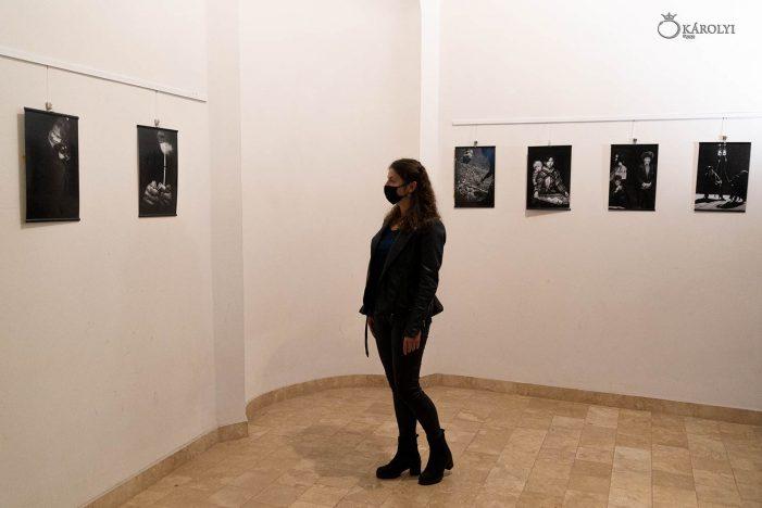 Arta fotografica din China, la Castelul Karolyi