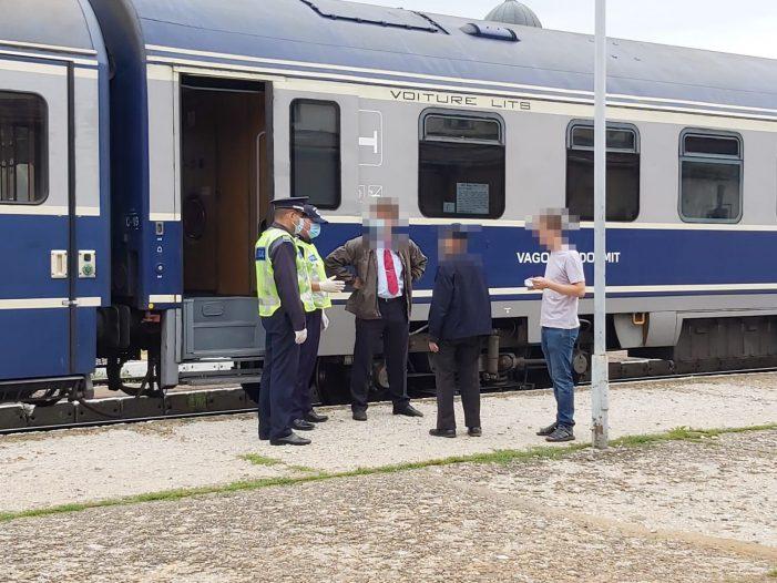 Polițiștii au luat trenurile la control. Câte amenzi au dat ?