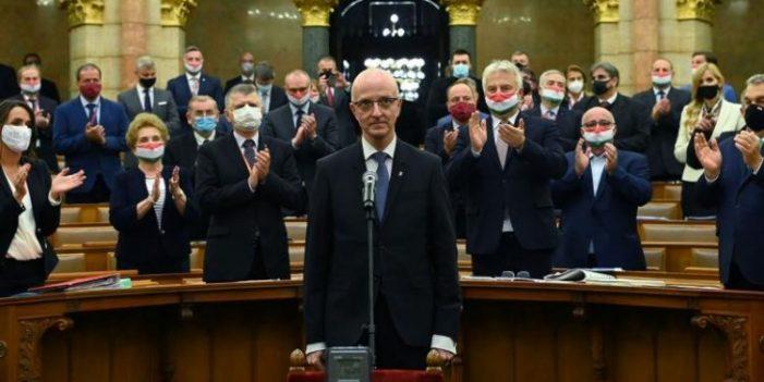Un jurist originar din Romania, noul preşedinte al Curţii Supreme de Justiţie din Ungaria