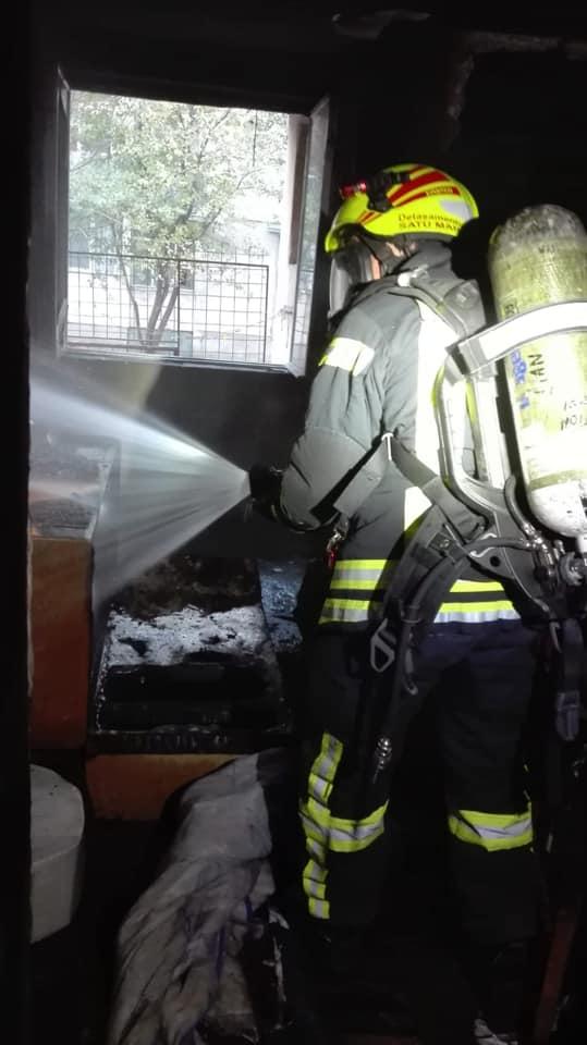 Ce spun pompierii despre incendiul de pe Ostrovului ? (Foto)