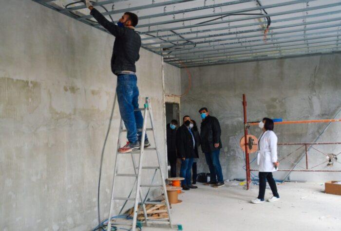 Stadiul lucrarilor la noile sectii ale Spitalului Judetean