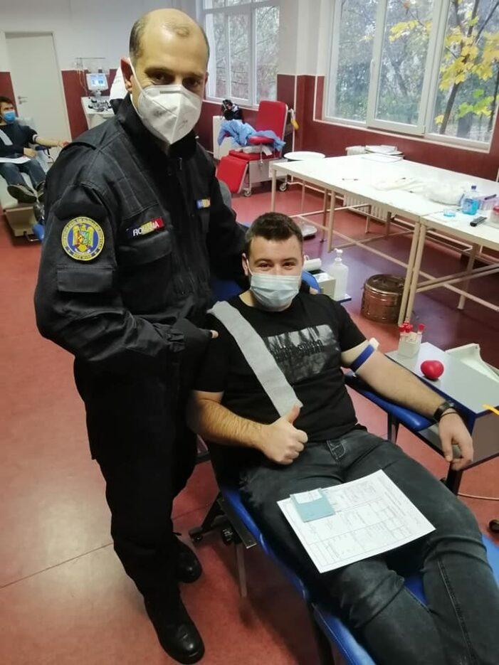 Jandarmii doneaza sânge ! (Foto)