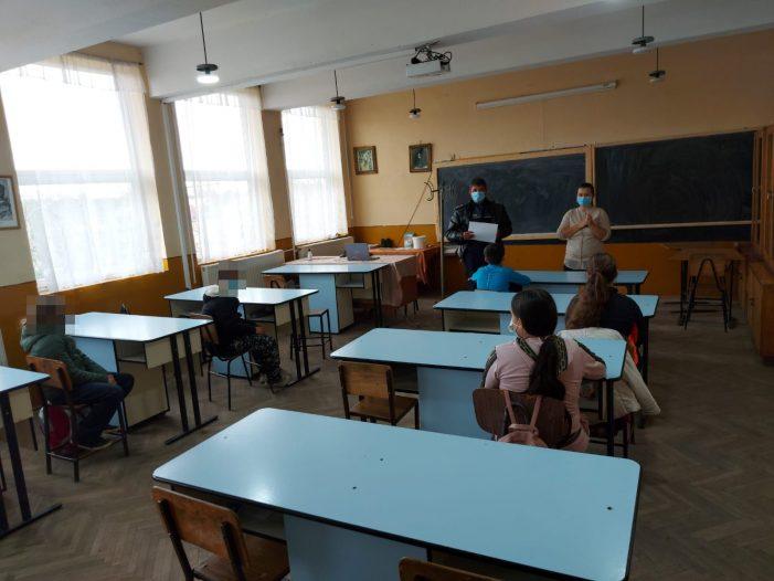 Bursele pentru elevi nu vor putea fi mai mici de 100 de lei
