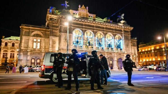 Poliția confirma 4 morți, în urma atacului terorist de la Viena