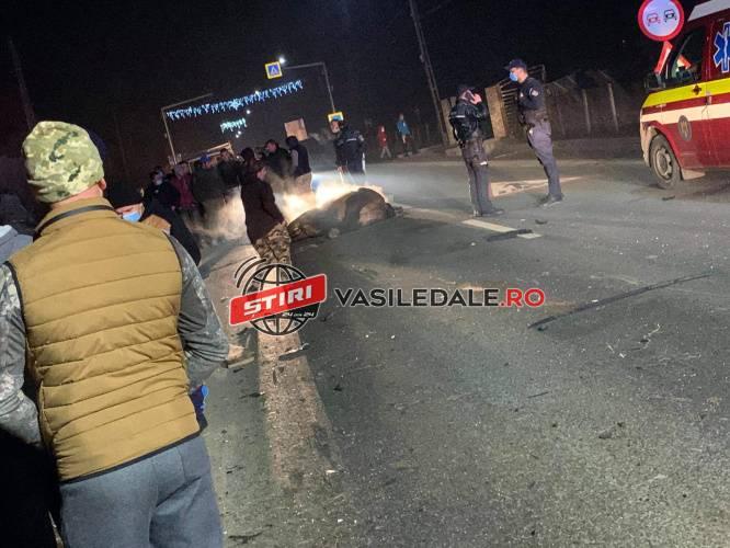 Polițist mort într-un accident. A intrat cu mașina într-o caruta (Foto&video)