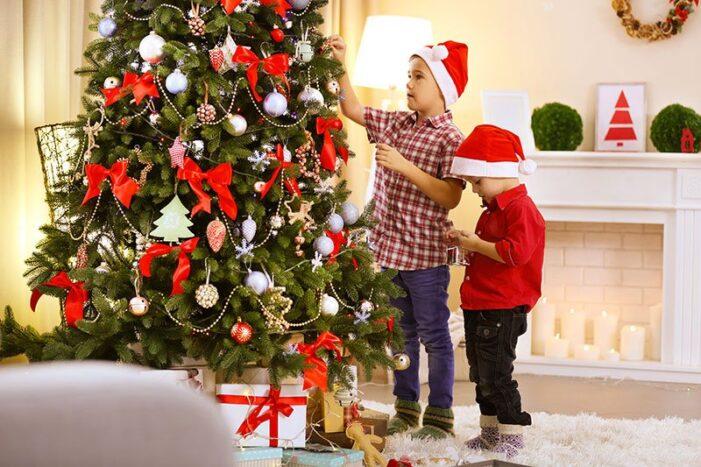 Istoria împodobirii bradului de Crăciun