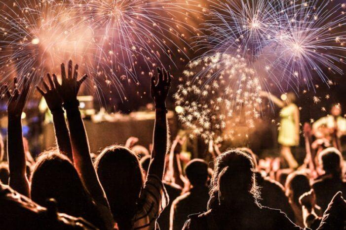 Ce reguli trebuie respectate de Revelion şi ce amenzi riscă petrecăreţii