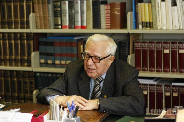 Un ultim omagiu adus academicianului Gabriel Strempel