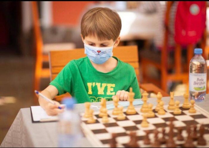 La 6 ani, Kovacs Balazs s-a calificat în finala celor mai buni șahiști U10 din România !