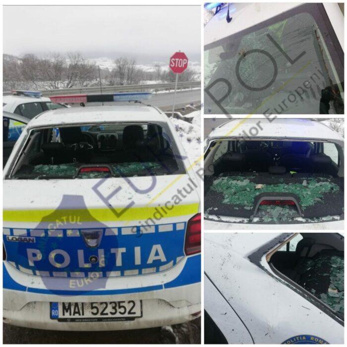 Politisti atacati cu pietre si bate ! Masina acestora, distrusa (Foto&video)