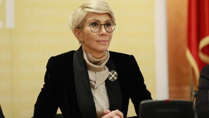 """Raluca Turcan: """"Alocațiile pentru copii cresc, de la 1 februarie, cu 20 la sută"""""""