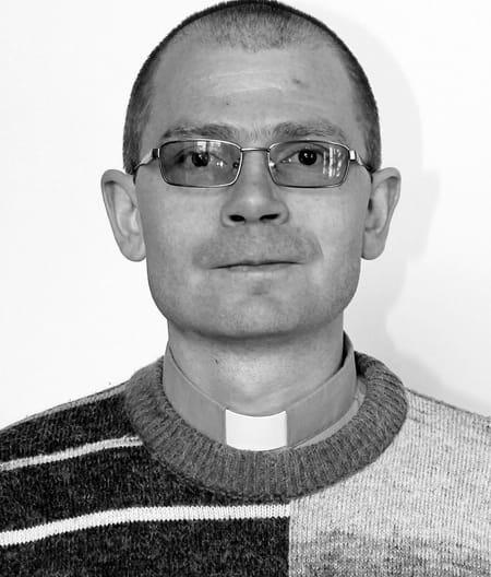 Preot din Satu Mare găsit decedat. Polițiștii nu exclud varianta unei sinucideri
