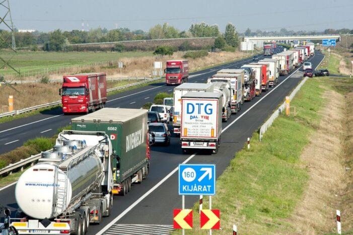Ungaria schimba regulile pentru transportatori. Amenzi de peste 2000 de euro !