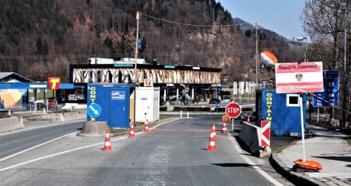 Austria impune noi reguli pentru intrarea în țară