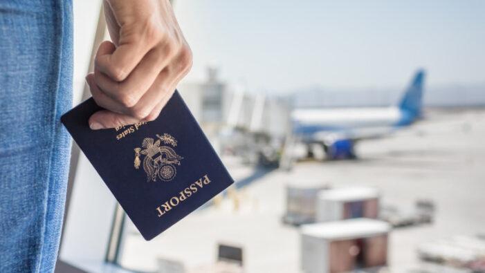 Vom avea nevoie de pasaport de vaccinare pentru a pleca în concediu ?