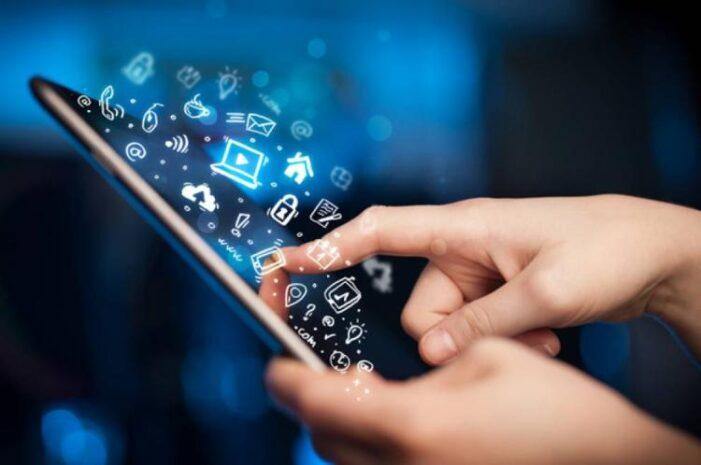 """Azi e """"Ziua Mondiala fără telefon mobil"""". Cât putem rezista fără tehnologia acestuia ?"""