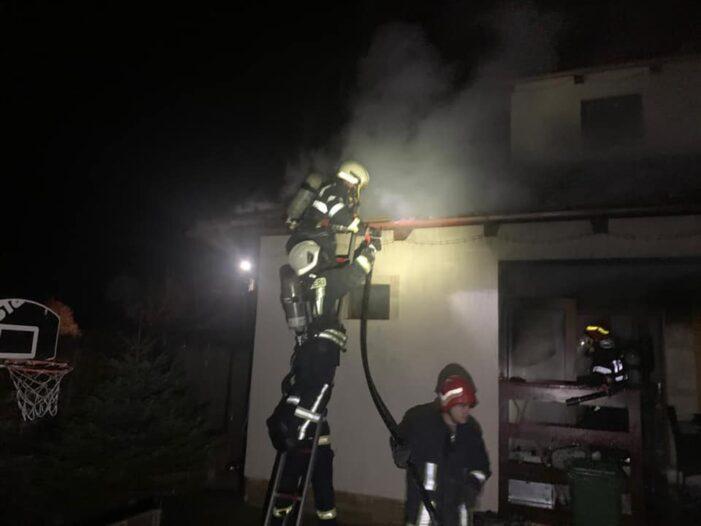 Incendiu la o casa din Martinesti (Foto)