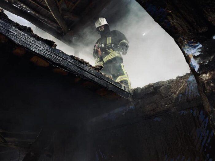 Incendiu în Orasu Nou. Pagube insemnate