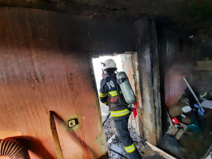Casa prapadita de foc (Foto)
