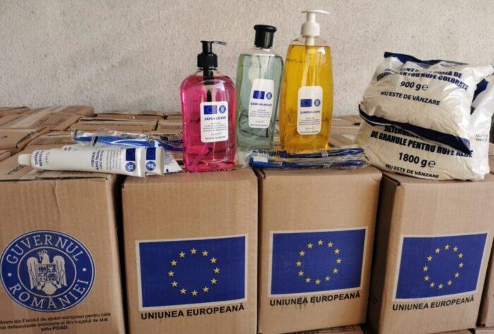 Zeci de mii de pachete cu produse de igiena, receptionate. A început distribuirea acestora